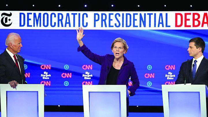 الیزابت وارن، برنده چهارمین مناظره انتخاباتی جبهه دموکرات