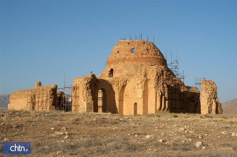 مرمت گنبد مرکزی کاخ جهانی ساسان سروستان