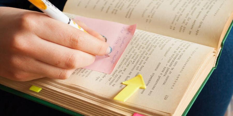 ترفندهایی برای خلاصه نویسی درس و کتاب، با این روش ها وقتتان را ذخیره کنید