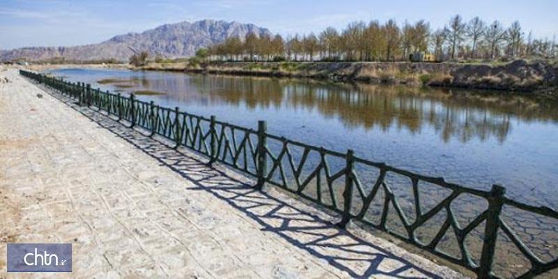 حاشیه زاینده رود در چلوان چهارمحال و بختیاری ساحل سازی می گردد