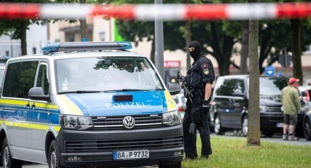 خبرنگاران حمله خودرو به مردم در مونیخ آلمان سه زخمی بر جای گذاشت