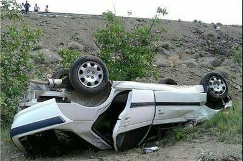 خبرنگاران واژگونی خودرو در لردگان 2 فوتی داشت