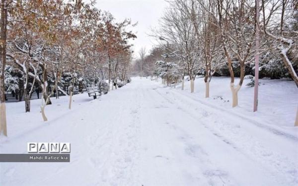 بارش برف و باران در 18 استان کشور