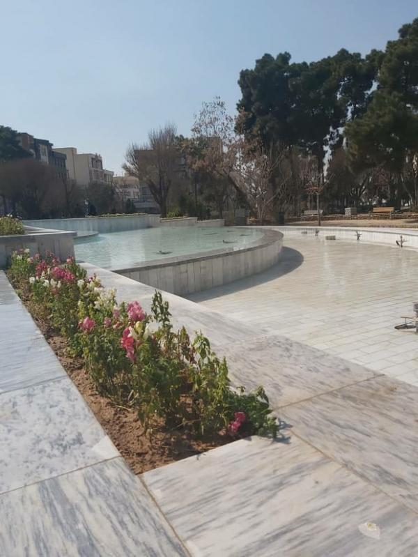 بازپیرایی و راه اندازی آب نماهای منطقه13