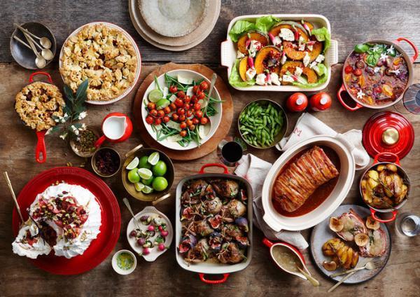 20 ایده برای تزیین سفره شام به مناسبت های مختلف