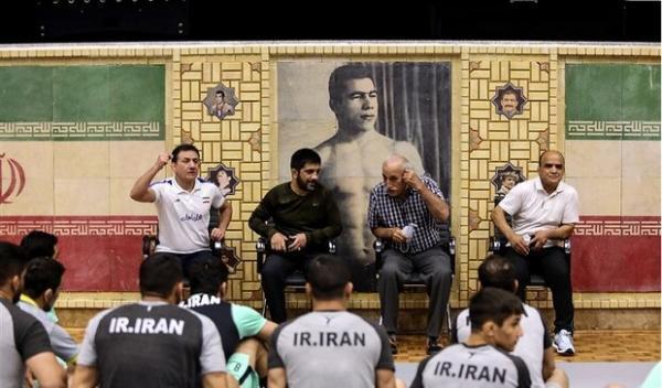 توصیه منصور برزگر در اردوی تیم ملی کشتی به المپیکی ها